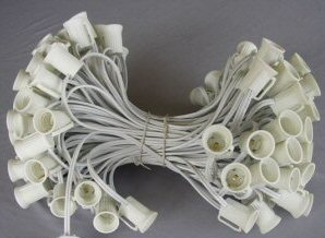 C7 - 100FT, 100 Socket Light Strand