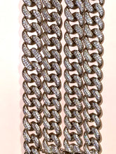 Load image into Gallery viewer, Posh Cuban Link Necklace