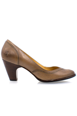 FRYE Cynthia Leather Pumps