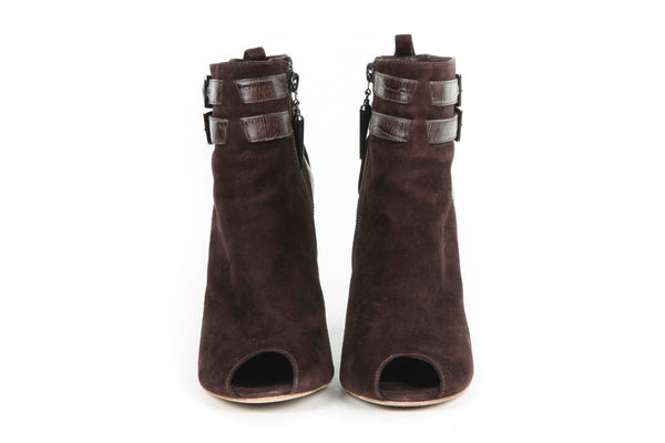 ROCK & REPUBLIC Leena Ankle Booties Brown
