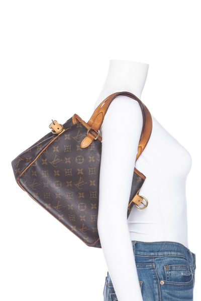LOUIS VUITTON Monogram Batignolles PM Handbag - on mannequin
