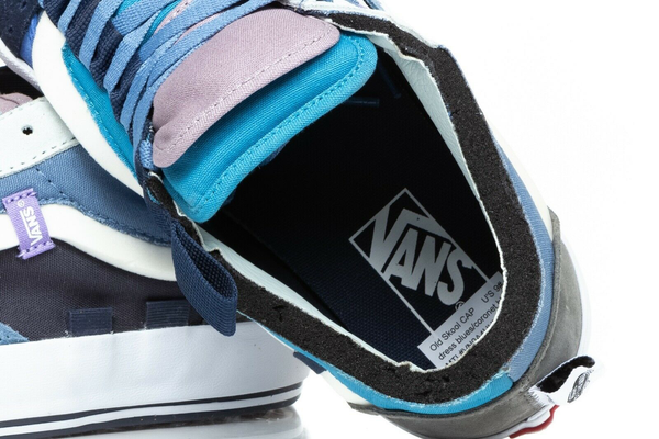 VANS Old Skool Cap Skate Sneakers in Blue - inside
