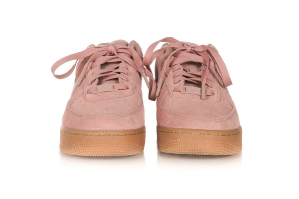 NIKE Air Force 1 Suede Platform Sneakers size 7.5 (38.5)