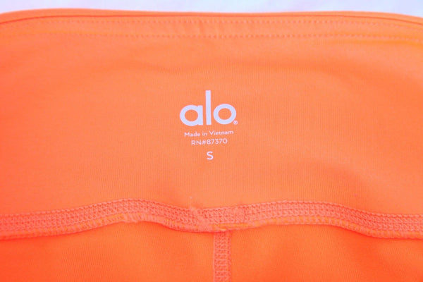 ALO Yoga High Waisted Leggings Size S (New)