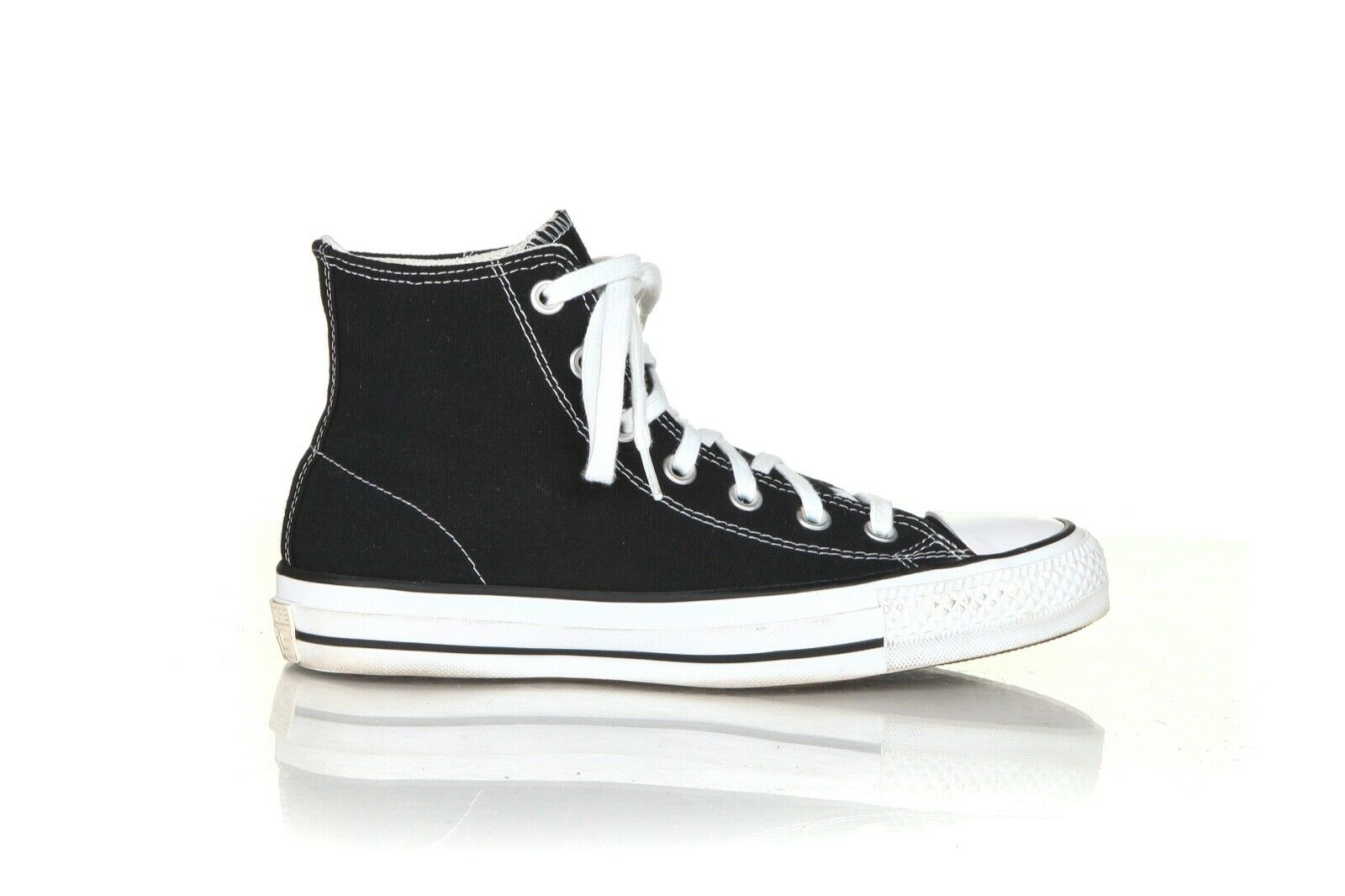 CONVERSE x CHUCK TAYLOR High-Top Sneakers Size 7.5
