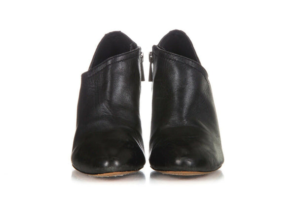 VINCE CAMUTO Black Leather Heels Booties Size 7