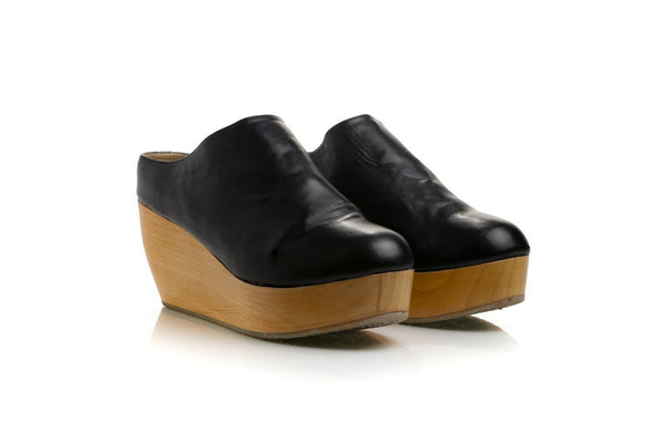 SYDNEY BROWN Vegan Wedge Clogs Size 8.5