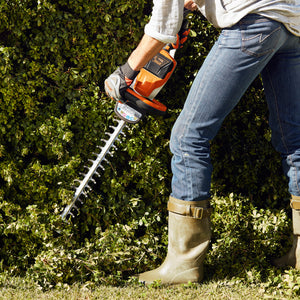 Hedge Care Bundle: HSA 56 Cordless Hedge Trimmer & HSA 25 Shrub Shears