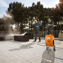 Load image into Gallery viewer, RE 88 Compact Pressure Washer