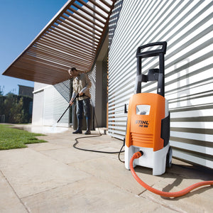 RE 98 Compact Pressure Washer
