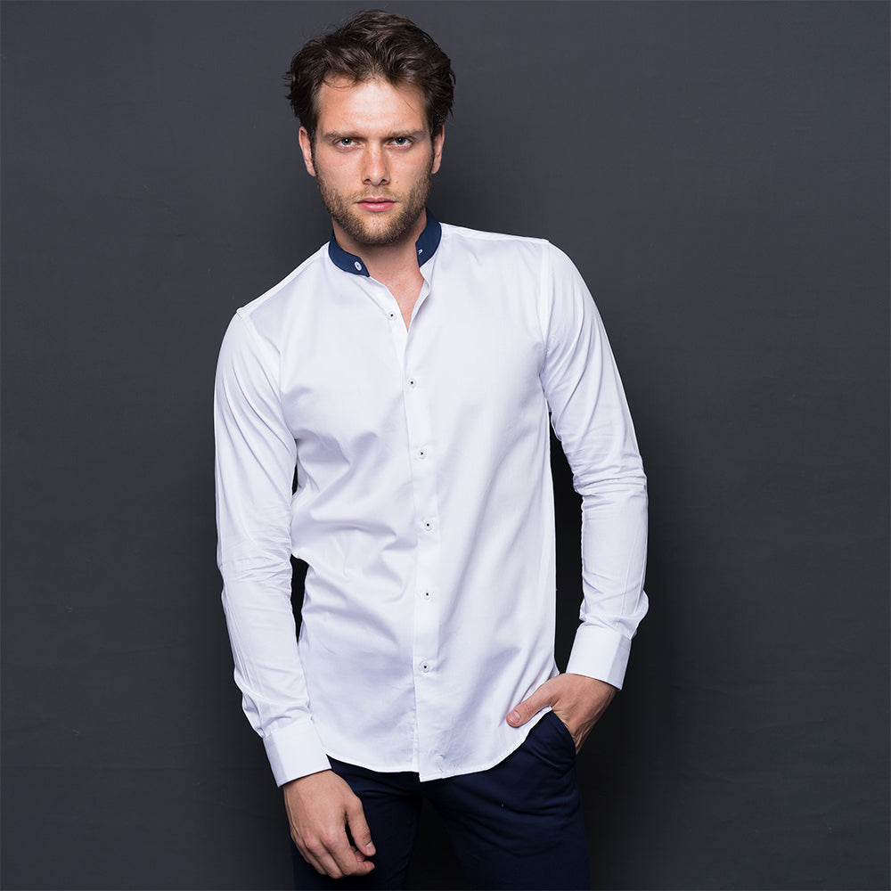 WHITE SHIRT WITH CONTRAST MAO COLLAR