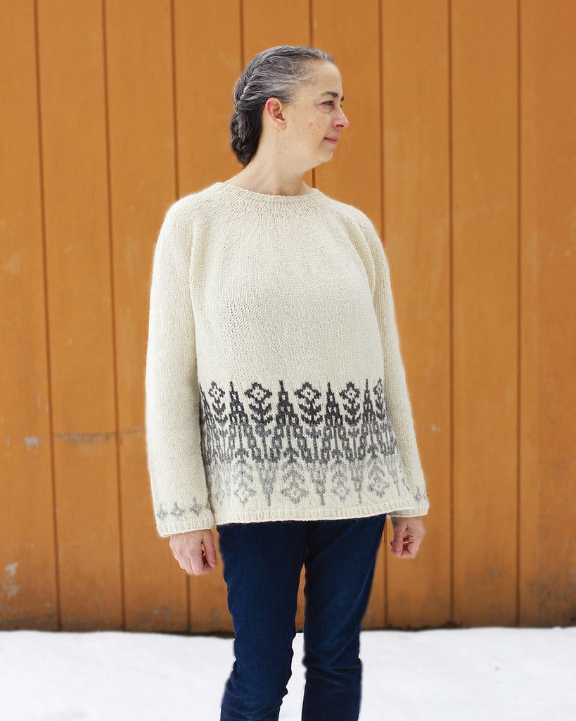 Wallflower Pullover