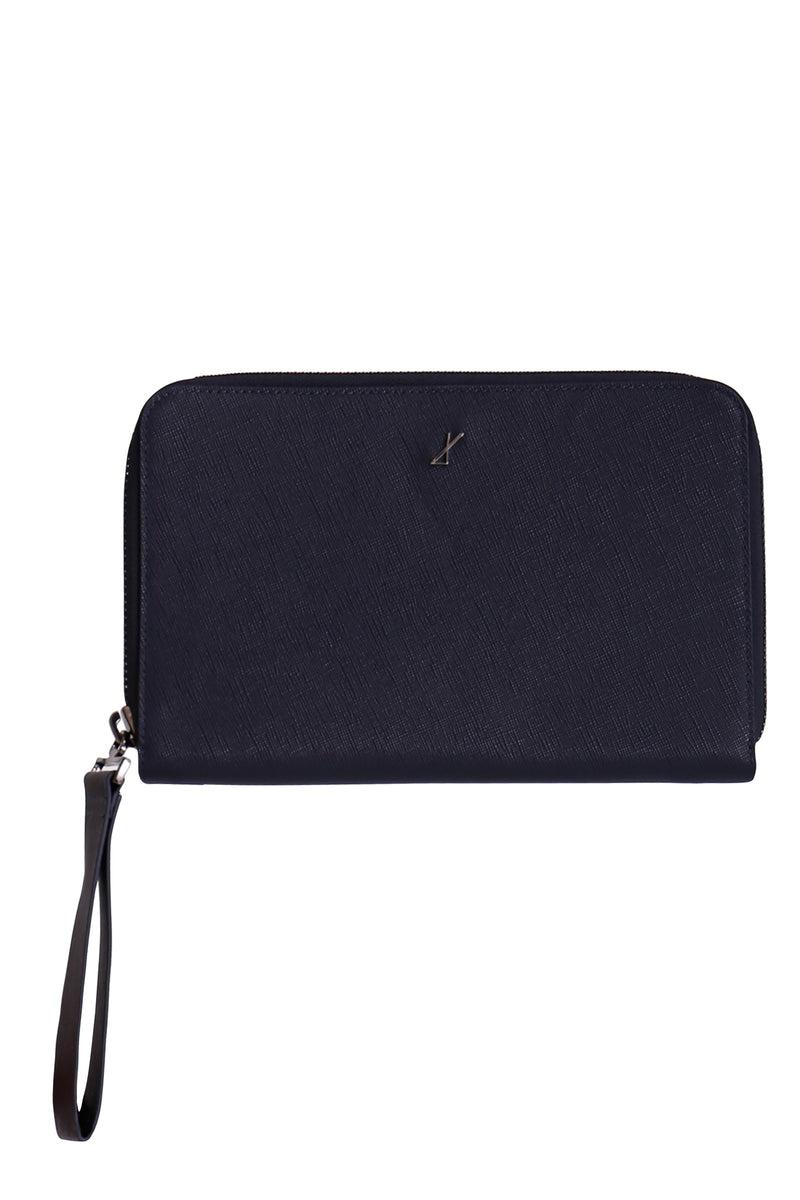 Inscribe Clutch