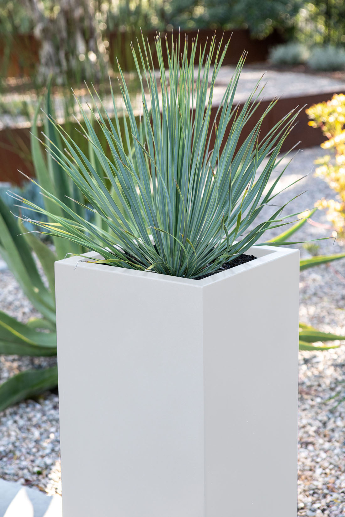 Metallic Series Pedestal Planter
