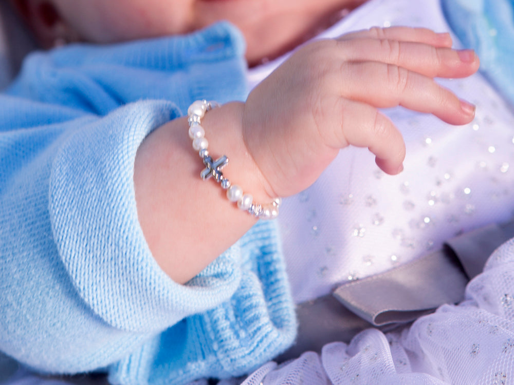 Load image into Gallery viewer, sterling silver baptism bracelet for little girls