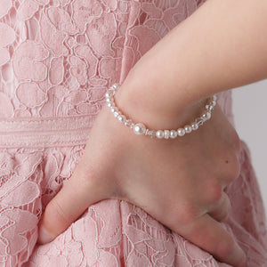 Lila - Sterling Silver Pearl Bracelet with Daisy
