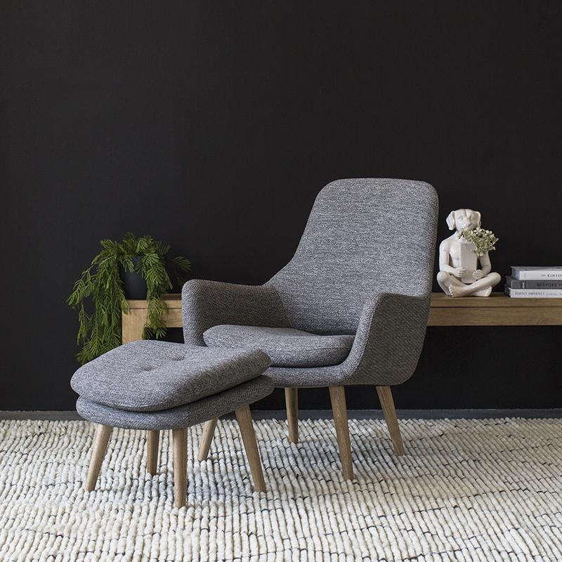Engels Armchair with Footstool in Antracit