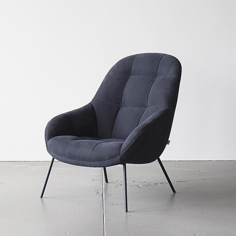 Mango Chair in Midnight