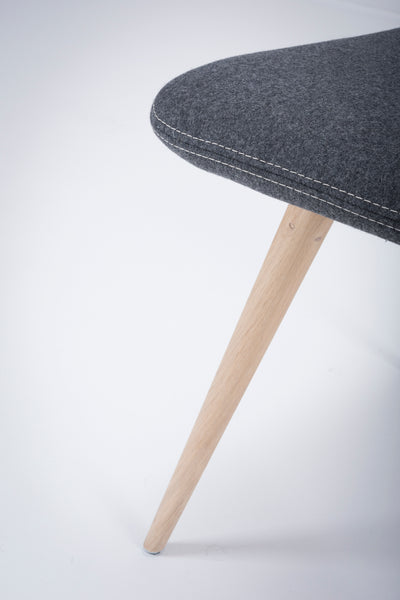 Ena Oak Dining Chair - Middengrijs Felt