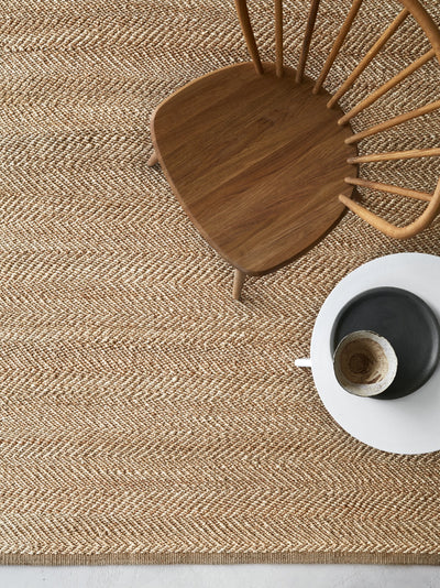 Natural and Ivory Serengeti - Armadillo Floor Rug