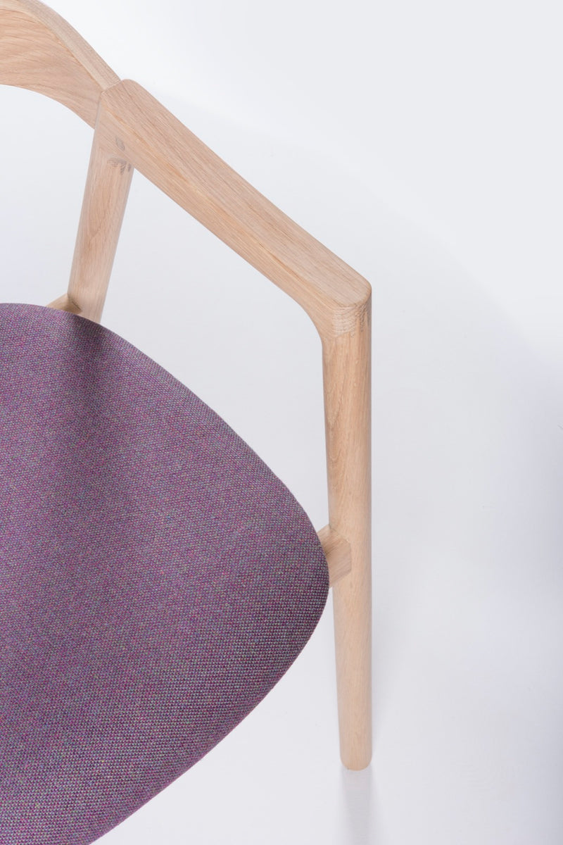 Muna Chair in Hillingdon Fabric