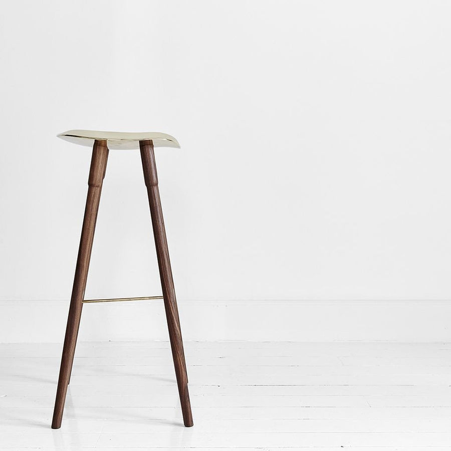 MR.FRAG Dowel Bar Stool - Walnut/Brass Seat
