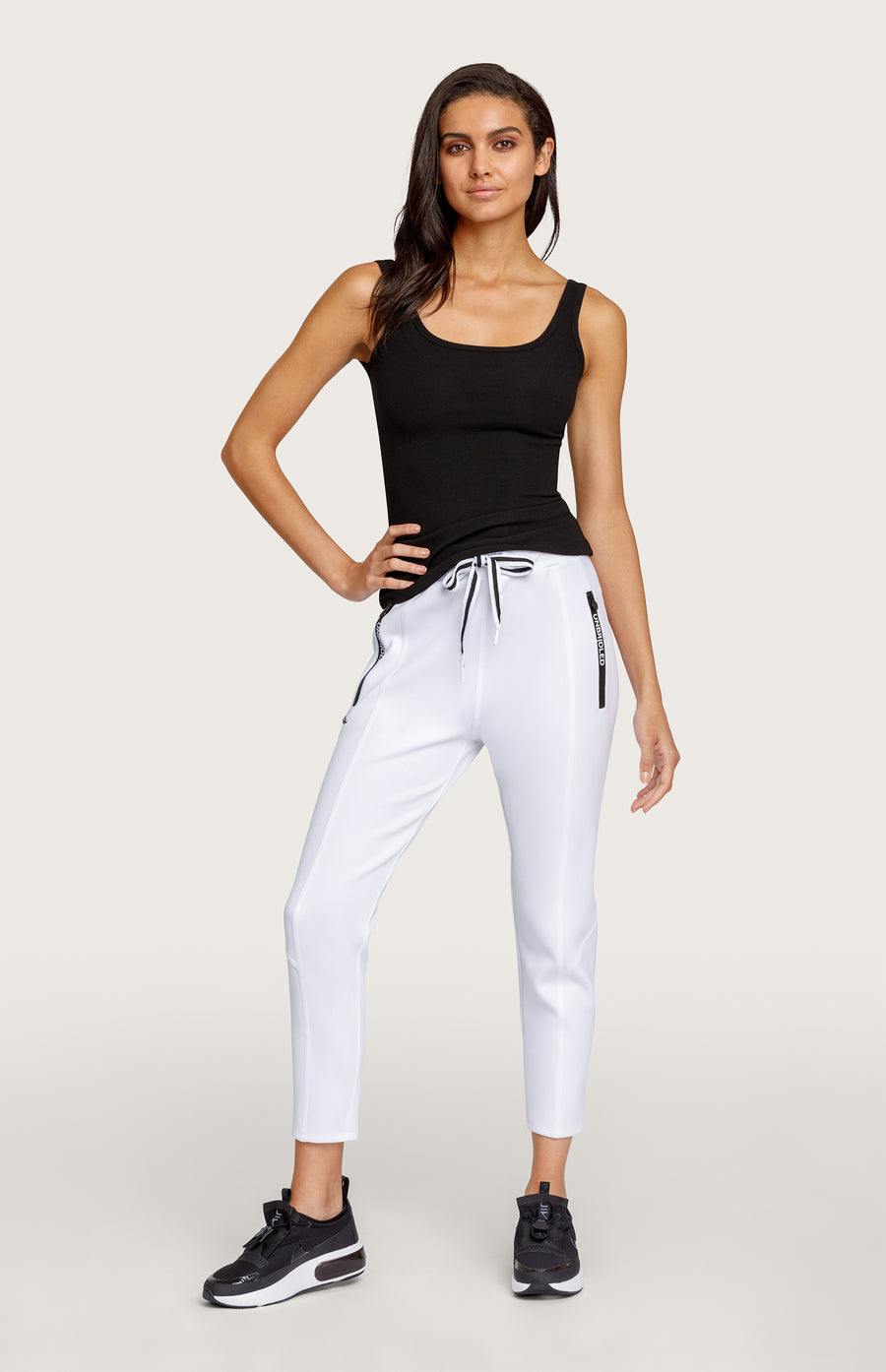 Eleanor Chalk Jogger
