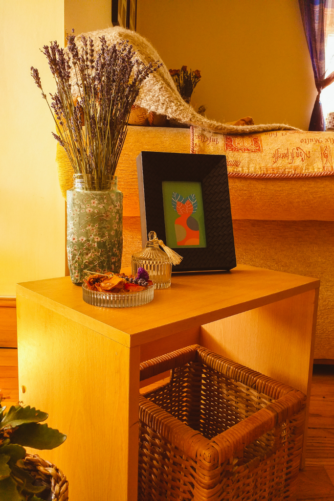 Side table style