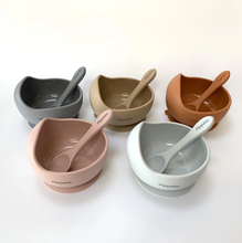 Load image into Gallery viewer, TAUPE SUCTION BOWL & SPOON