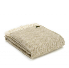Load image into Gallery viewer, OATMEAL BEEHIVE LUXURY LAMBSWOOL BLANKET