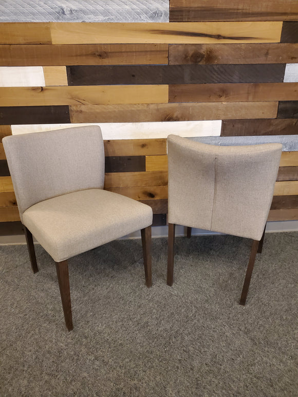 Chair - set of 2 tan wood leg dining chair