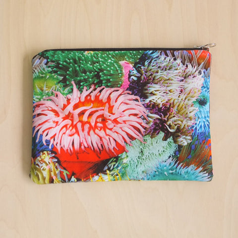Anemone Clutch Bag Mixed