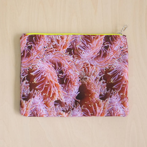 Anemone Clutch Bag Pink