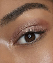 Load image into Gallery viewer, Glitter Chrome Cream Eyeshadow - Champagne