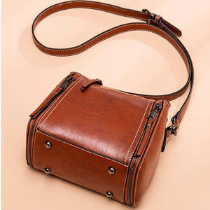 Hip Small Vintage Flap Oil Wax Leather Cross Body Shoulder Bag