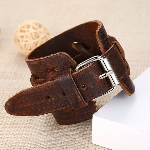 Leather Alloy Clasp Bracelet