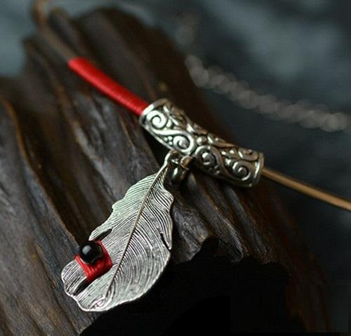 Silver Feather Red Silk Lines Chokers Necklace Verkadi.com