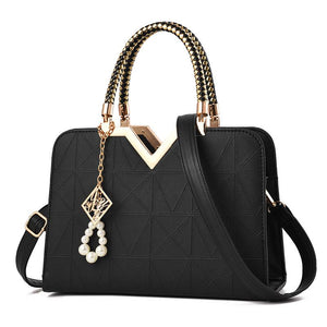New Designer Cross Body Sequined Pearl Handbag