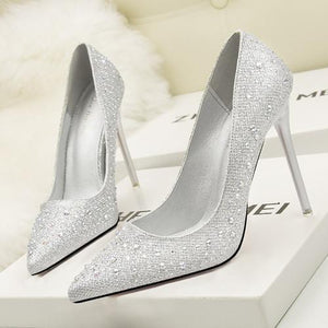 Fashion Elegant Crystal Topped Pointed Toe Sandals Verkadi.com