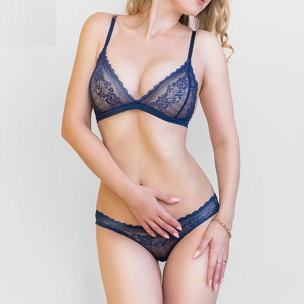 Wire Free Lace Intimate Lingerie Set