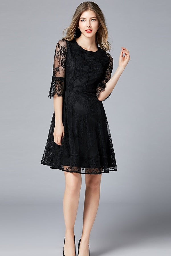 Lace O-Neck Butterfly Sleeve A-Line Plus Size Midi Dress