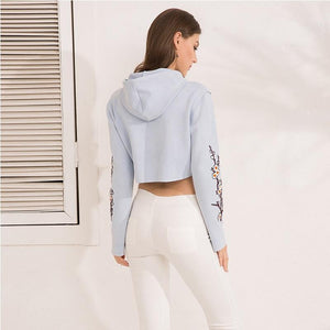 Smart Embroidery Cropped Hooded Sweatshirt Hoodie Verkadi.com