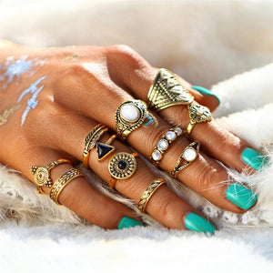 Leaf Stone Vintage Knuckle Statement Ring Set Verkadi.com