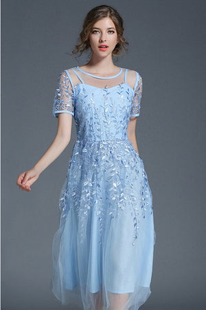Vintage Style Embroidery A-Line Mid-Calf Dress