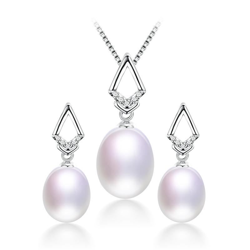 Classy Real Natural Freshwater Pearl Jewelry Set