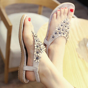 Latest Flat Elegant Flower Rivet Casual Sandals Verkadi.com