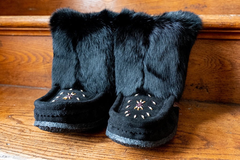 black ankle moccasin boots with rabbit fur