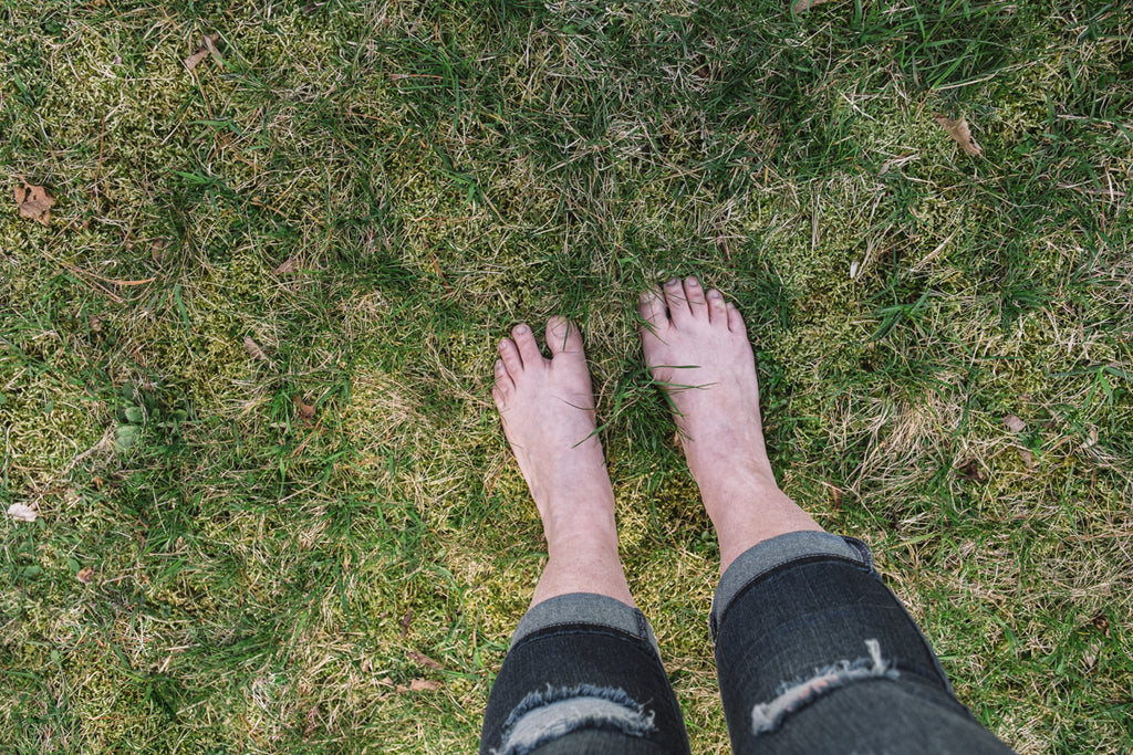 earthing connecting to earth barefoot