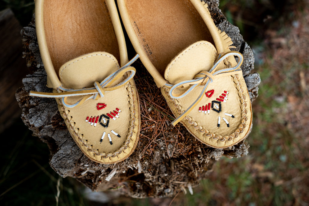 Thunderbird beaded women's moccasins by Laurentian Chief