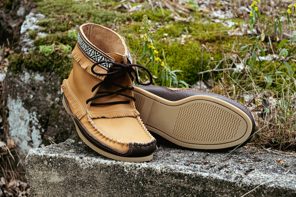 men's laurentian chief moccasins with Indian braid accent